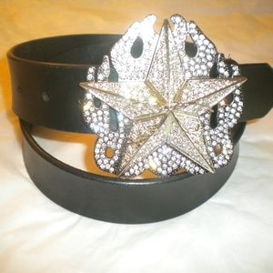 NEW BUCKLE WITH A STAR SILVER WITH CLEAR STONES